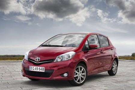 Toyota Yaris 2012 1280 02