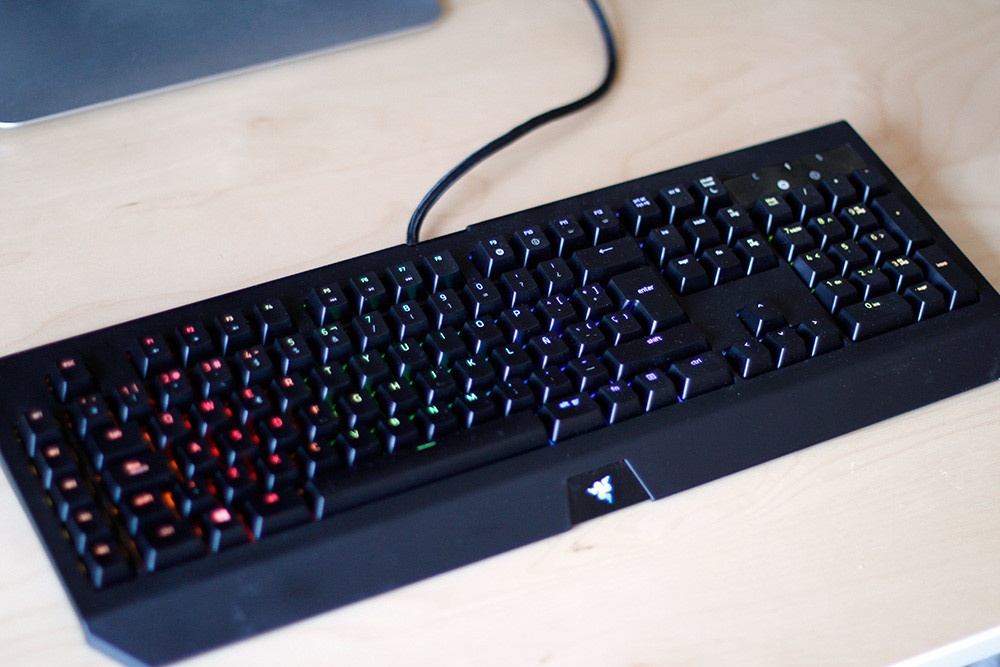 Foto de Razer Blackwidow Chroma v2 (13/16)