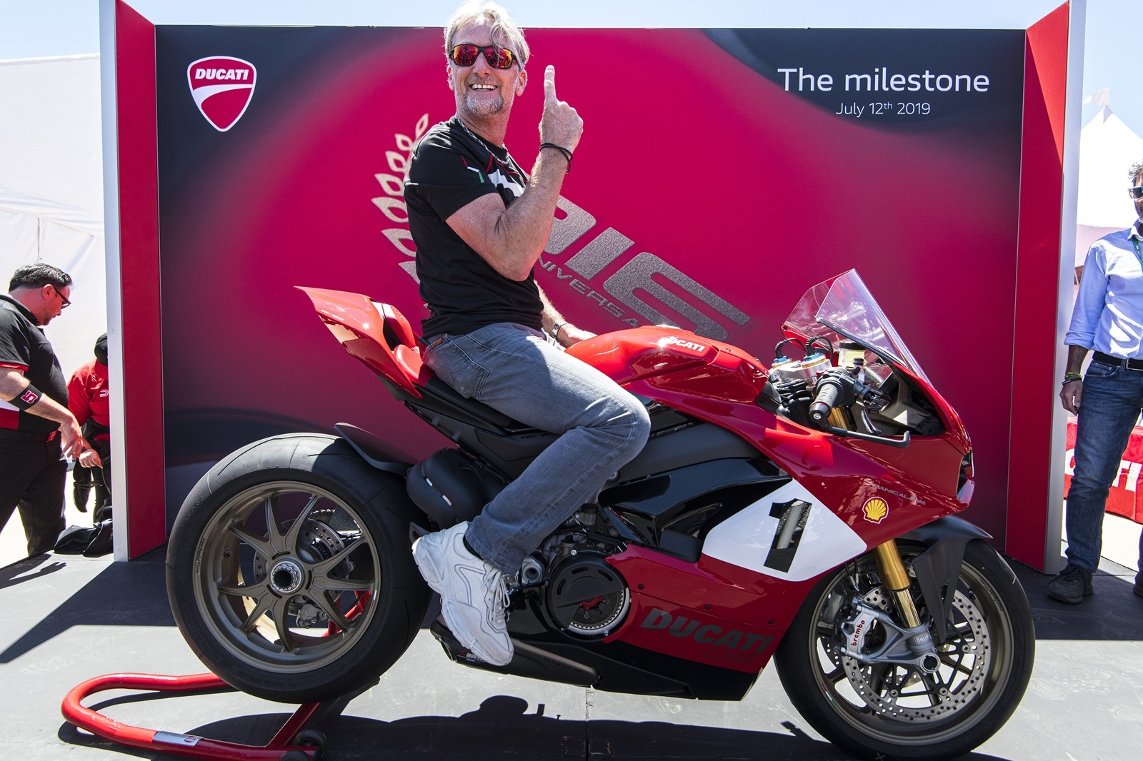 Foto de Ducati Panigale V4 25° Anniversario 916 (36/73)