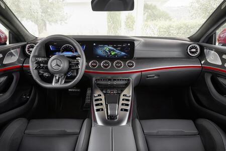 Mercedes-AMG GT 63 E Peformance 8