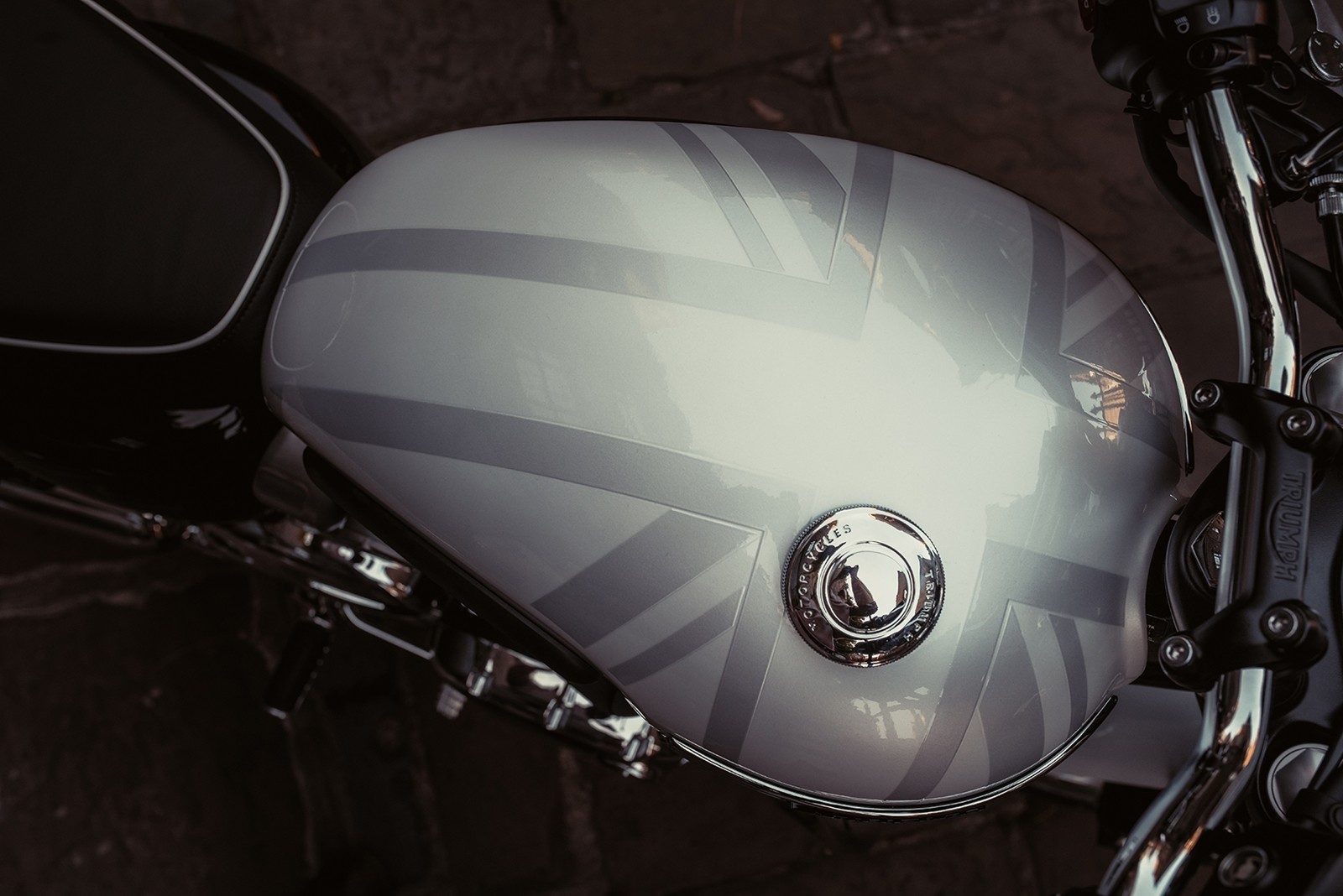 Foto de Triumph Bonneville T120 Ace y Diamond Edition 2019 (1/26)