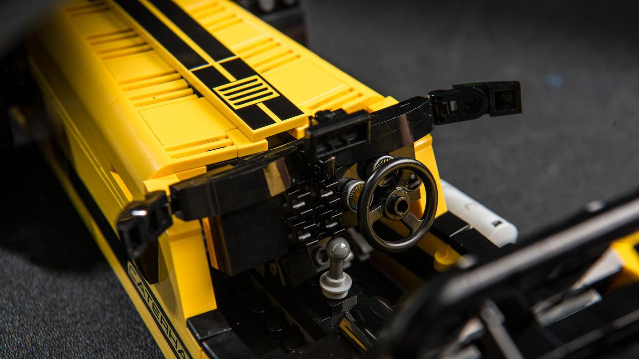 Foto de Caterham 620R LEGO (4/6)