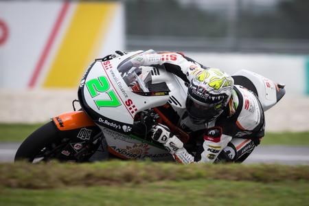 Iker Lecuona domina la primera jornada de Moto2 en el GP de Valencia