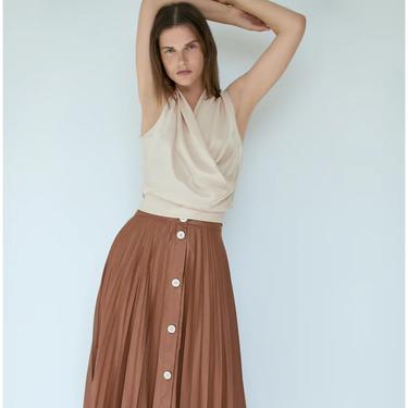 Las 13 faldas de Zara que puedes lucir ahora y en otoño