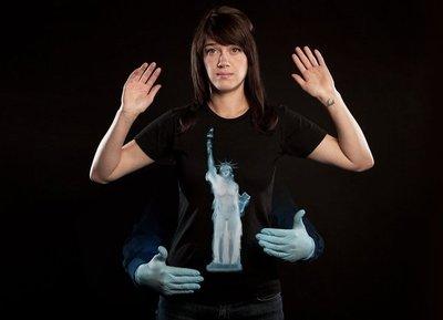 Divertidas maneras de protestar contra los escáneres corporales