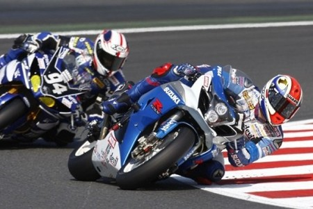 suzuki-endurance-racing-team-durante-el-bol-dor-2009.jpg