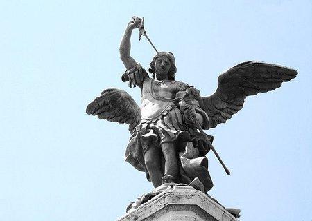 El ángel que le dio nombre al Castillo de Sant'Angelo