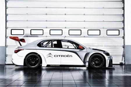 El nuevo Citroën C-Elysée WTCC mete miedo en pista