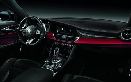 Alfa Romeo Giulia Stelvio Quadrifoglio 2020