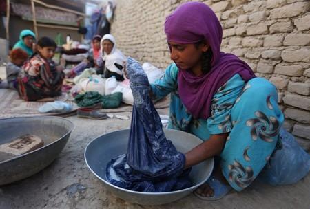 Las mujeres afganas no tienen nombre y lo están reclamando con el hashtag #DóndeestámiNombre