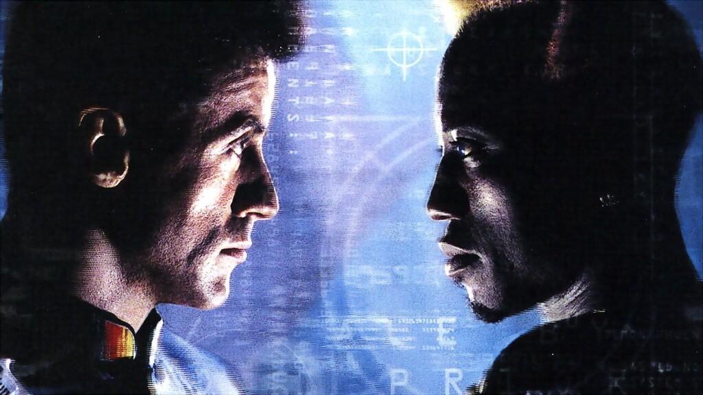 'Demolition Man': la imprescindible comedia de acción con unos inolvidables Sylvester Stallone y Wesley Snipes