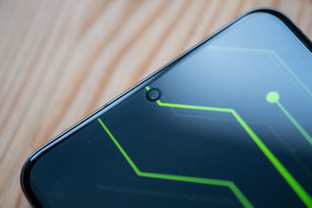 Samsung Galaxy S20 Ultra Pantalla Agujero 02