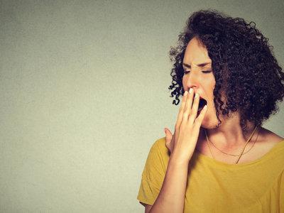 Así es como la falta de sueño afecta a tu cerebro y a tu personalidad