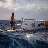 Este hombre ha logrado lo imposible: cruzar el Océano Atlántico en sólo 93 días... ¡remando!