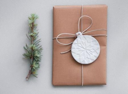Tres ideas originales de cómo envolver tus regalos de Navidad
