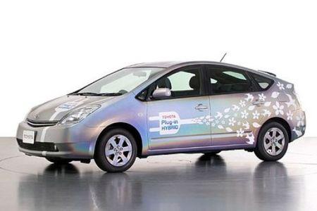 Híbridos enchufables y eléctricos de autonomía extendida. Explicamos la diferencia