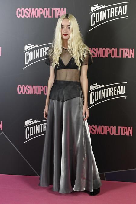 premios cosmopolitan 2017 alfombra roja look estilismo outfit Cantante Cintia Lund