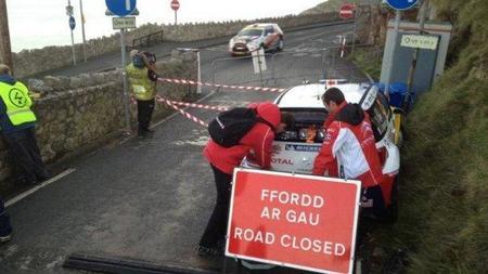 Rally de Gales 2011: el accidente de Sébastien Ogier
