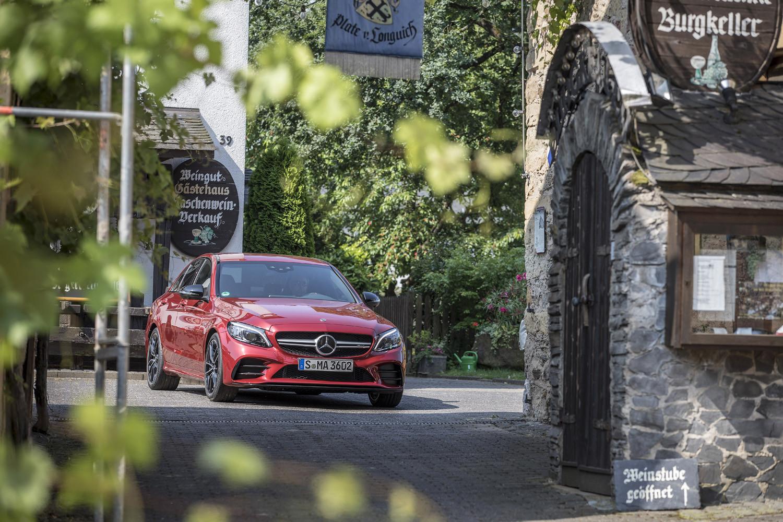 Foto de Mercedes-Benz Clase C 2018, toma de contacto (209/255)