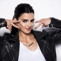 Maybelline NY: Clara Lago