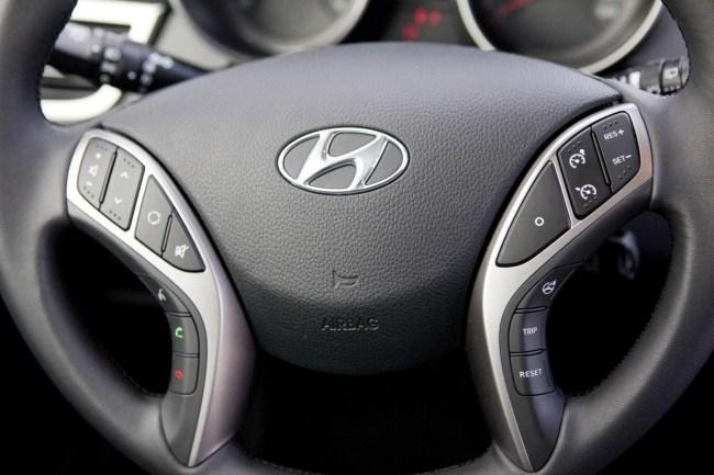 Volante Hyundai i30