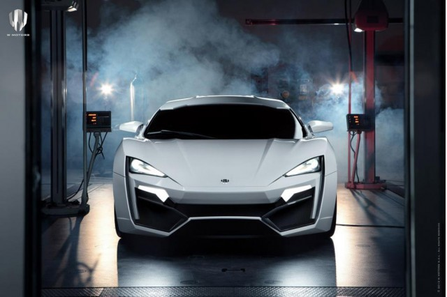 Foto de Superdeportivo de W-motors Lykan Hypersport. (11/13)