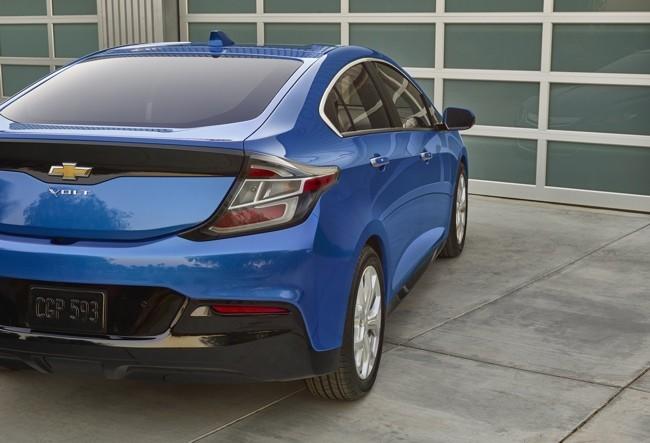 Chevrolet Volt 2016 650 21