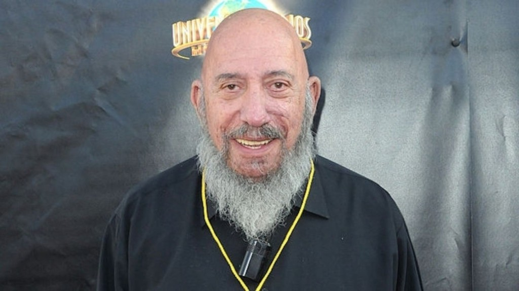 Die Sid Haig, legend of the b series and unforgettable as Captain Spaulding from Rob Zombie's