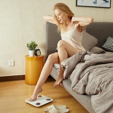 Pesarte o no pesarte: los expertos nos cuentan cómo y cuándo subirte a la báscula
