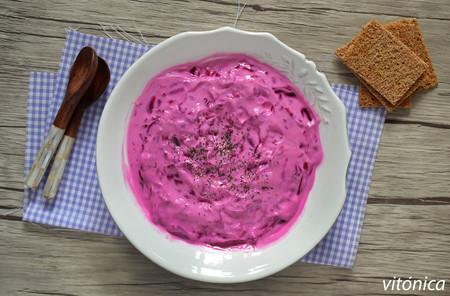 Raita de yogur y remolacha: receta saludable y refrescante