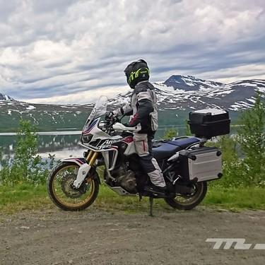 Cinco formas de enfrentarnos al hielo sobre la carretera cuando vamos en moto