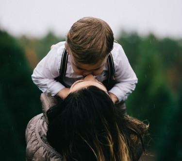 La jornada laboral de las madres a tiempo completo, resumida a la perfección en un post que se ha convertido en viral