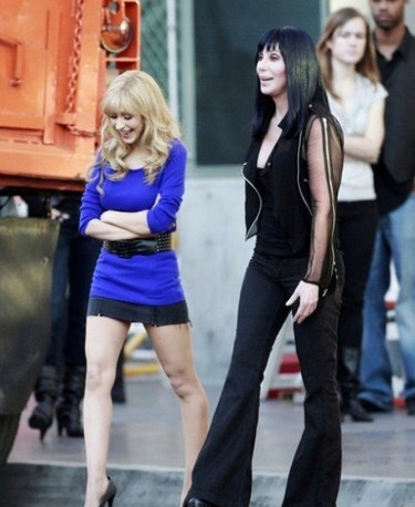 Cher sembró la duda en Bitchaco: ¿grabará un tema con Christina Aguilera?