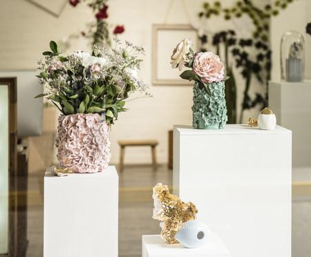 ¡Nos encanta! Julieta Álvarez presenta su nueva colección de jarrones y piezas decorativas