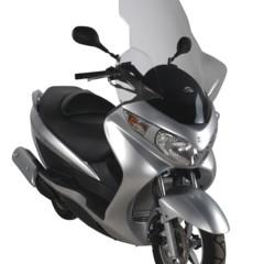 Foto 2 de 5 de la galería equipamiento-de-givi-para-la-suzuki-burgman-125 en Motorpasion Moto