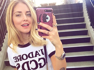 La moda (y las redes sociales) se rinden ante la nueva camiseta de GCDS
