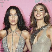 Gigi Hadid pierde un zapato sobre la pasarela de la New York Fashion Week... pero su hermana Bella sale al rescate