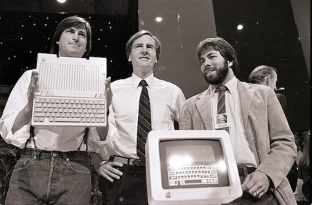 jobs-sculley-woz-appleii-aps.jpeg