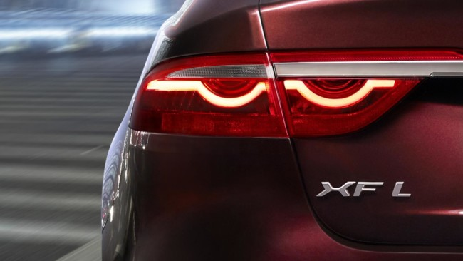 Jaguar XF L Salón de Pekín