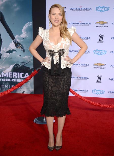 Scarlett Johansson Armani Privé