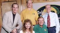 Entre revivals y remakes anda el juego: NBC encarga 13 capítulos de la secuela de 'Coach'
