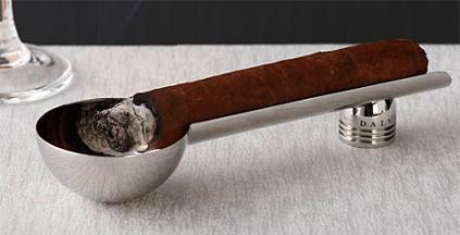 Cenicero para tu cigarro puro habano