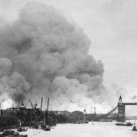 Baedeker: el día en que los nazis usaron una guía de viajes para bombardear Inglaterra