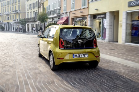 Volkswagen E Up 2019 009