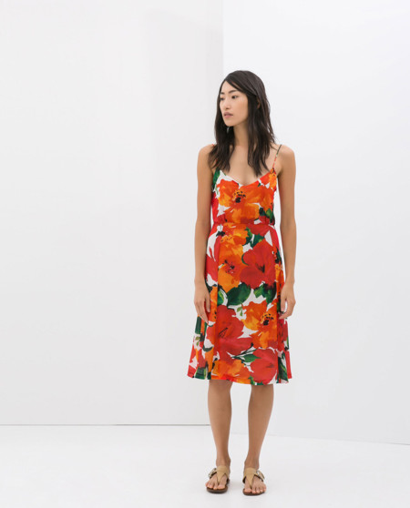 Rojo flores Vestido de Zara