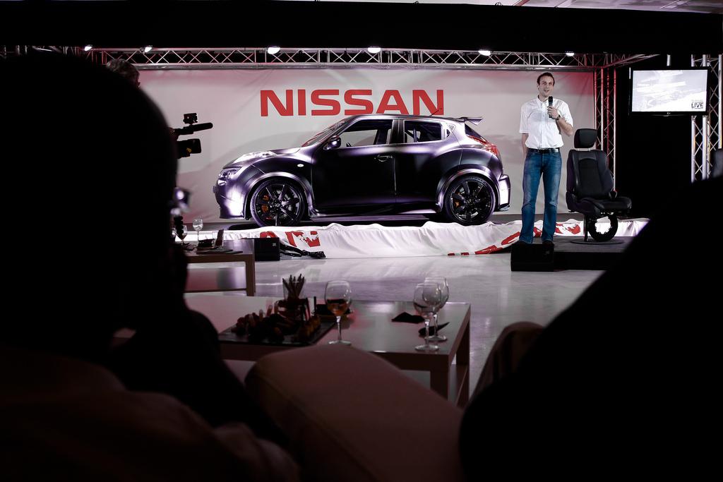 Foto de Nissan Juke-R (9/12)