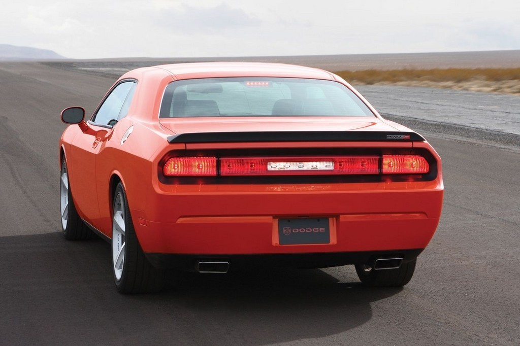 Foto de Dodge Challenger SRT8 (51/103)