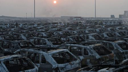La explosión en China destruye miles de Volkswagen