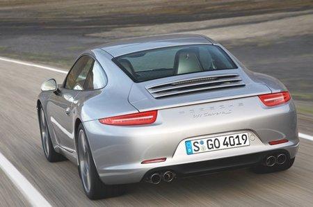 Porsche-911-Carrera-S-4