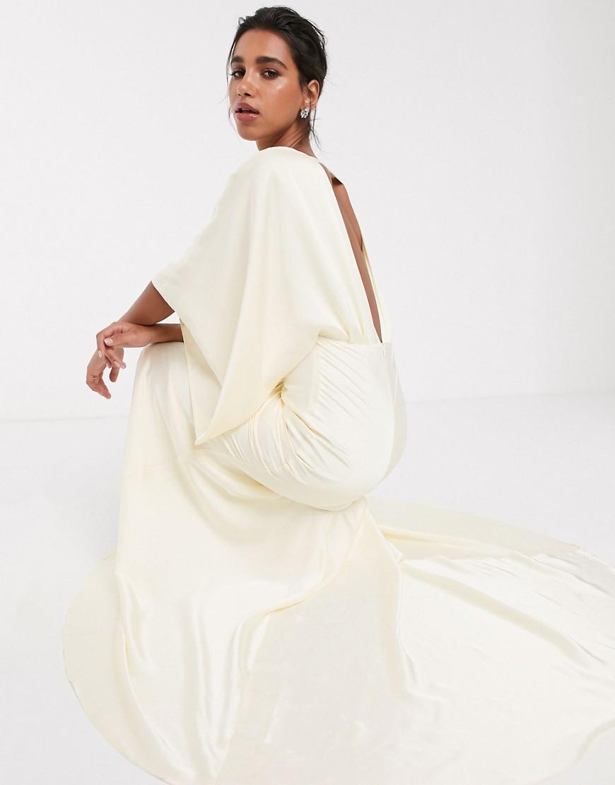 Vestido largo de boda con espalda posterior escotada tipo kimono